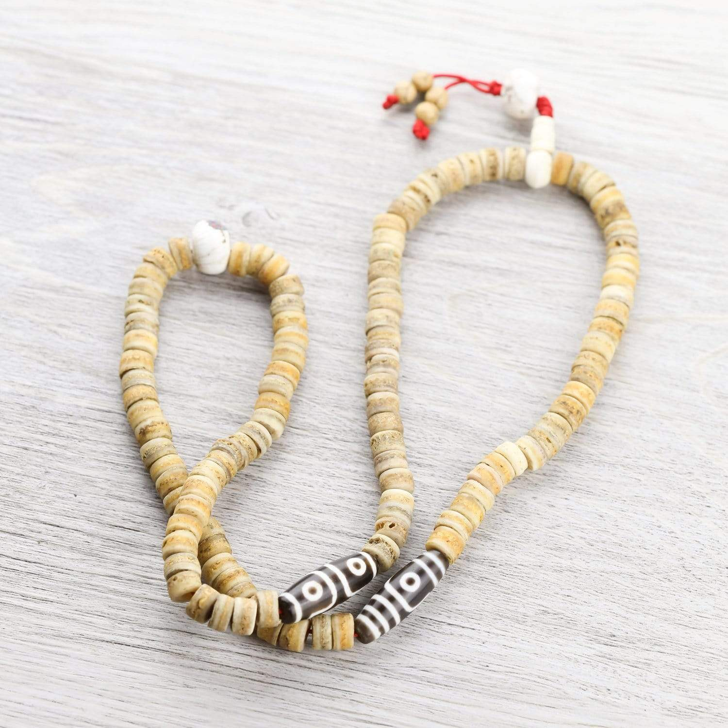 Mala Beads Tibetan Dzi and Bone Mala ML650