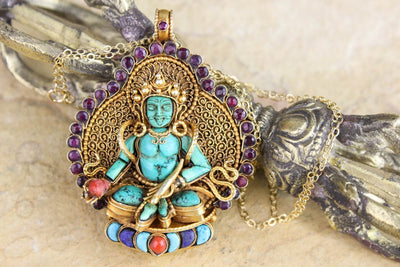 Necklaces Picturesque Thai Vermeil Buddha Necklace UN060