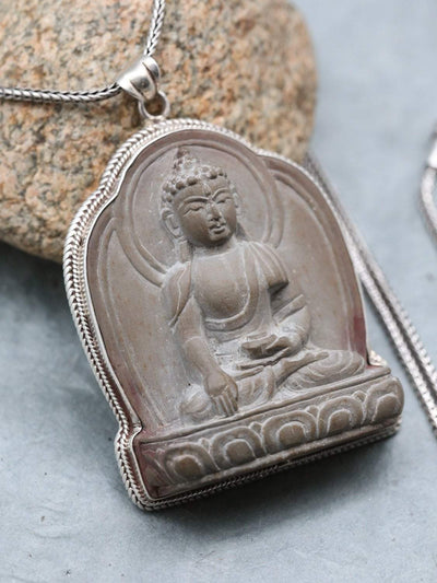 Necklaces Shakyamuni Carved Stone Pendant Necklace JN779