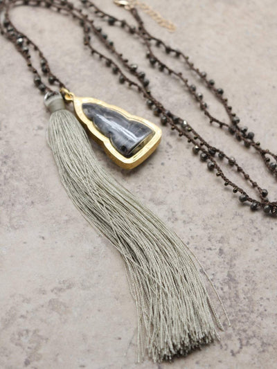 Necklaces Wealth and Prosperity Tassel Necklace jn755