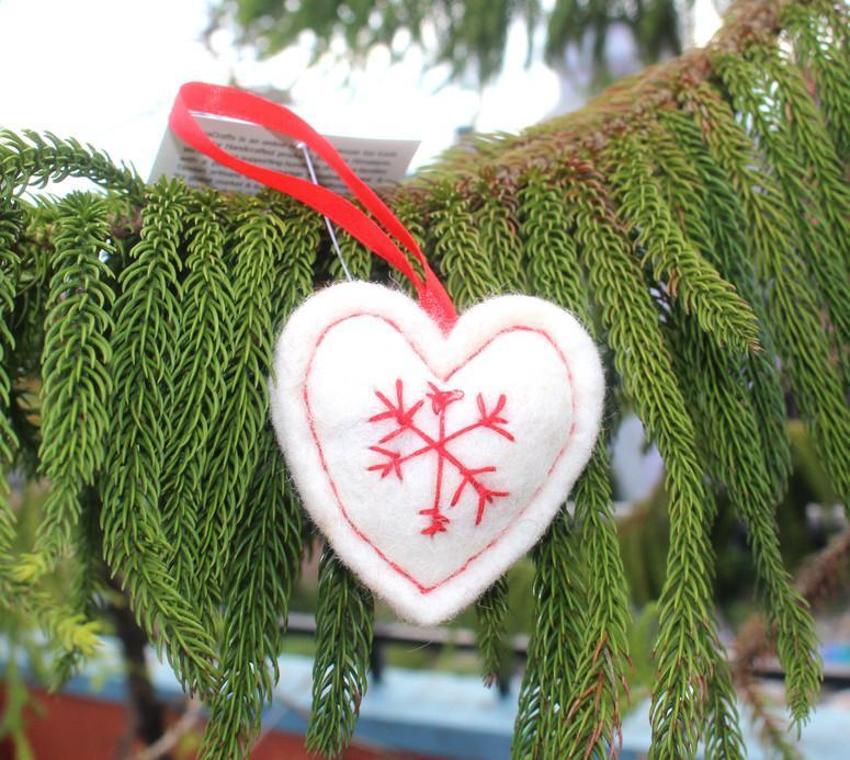 Ornaments Default Fair Trade White Heart Ornament ho023white
