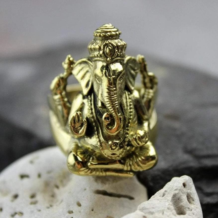 Rings 9 Gold Ganesh Ring jr125009