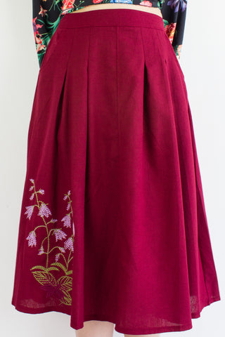 BaiHe Embroidered Linen Skirt in Wine Red