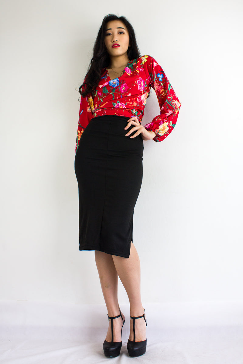 Classic Fitted Midi Skirt in Black - BOTTOMS - Peep Boutique