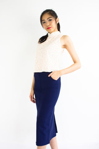 Pocketful Fitted Midi Skirt in Navy Blue