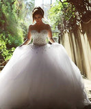 Women's Pearls Beading Long Sleeves Ball Wedding Dress Bridal Gown - Free Shipping