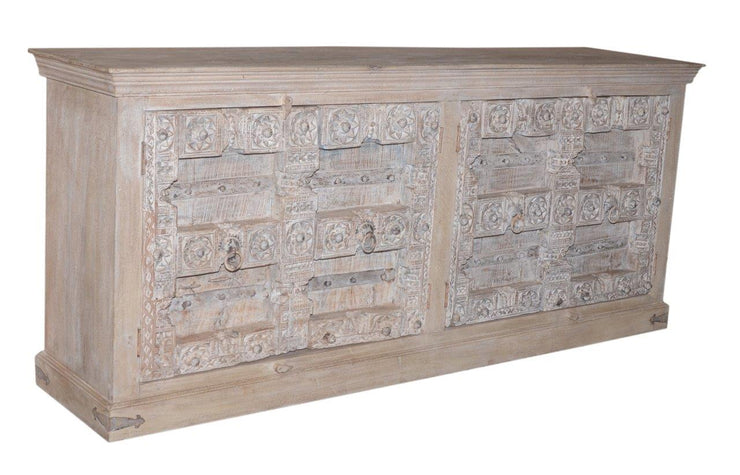 Light Wooden Carved Sideboard with 4 Doors
