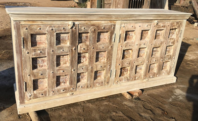 Light Wash Wood Sideboard with (4) Doors