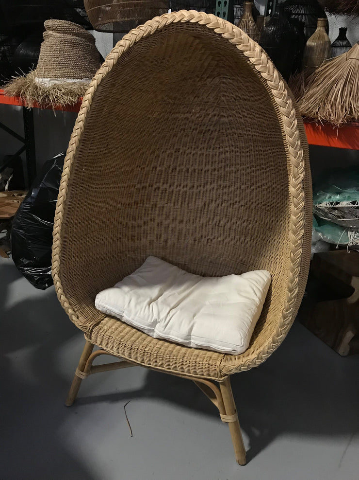 Natural Fiber Woven Egg Stand Chair with Cushion