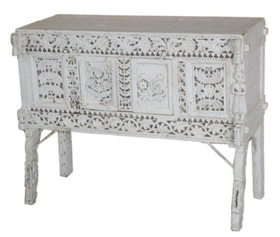White Wooden Damchiya Console Table
