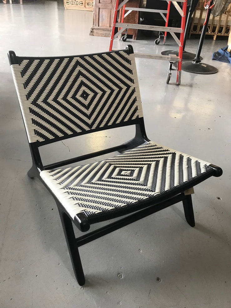 Synthetic Black and White Leather and Black Wooden Marlboro Woven Chair