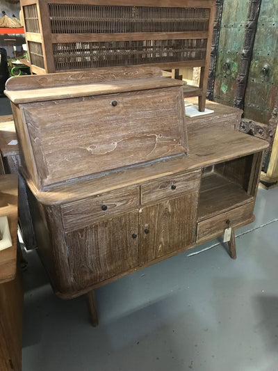 Wooden Sideboard with Three Drawers, One Shelf, and Two Doors