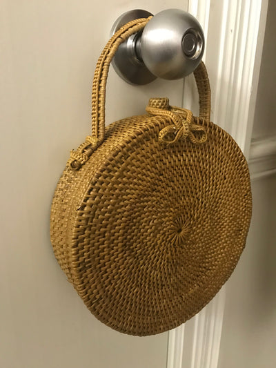 Small Circular Natural Fiber Woven Hand Bag