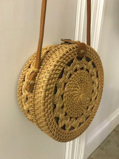 Circular Natural Fiber Woven Bag with Snap