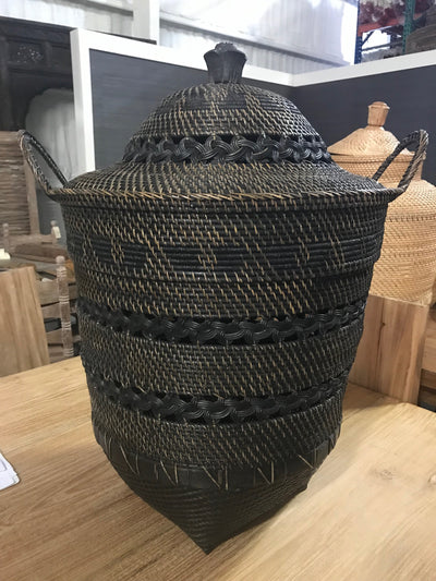 Natural Fiber Woven Black Laundry Basket with Lid