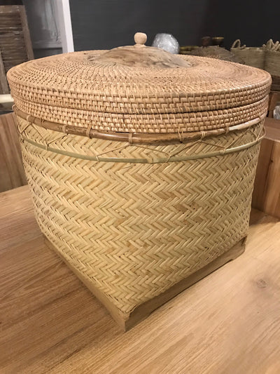 Large Natural Bamboo Fiber Woven Basket with Lid