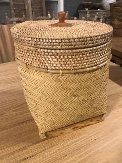 Small Natural Bamboo Fiber Woven Basket with Lid