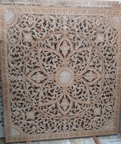 Light Wood Flower Carving