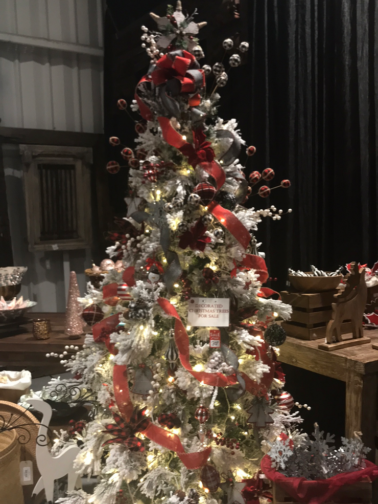 Rustic Decorated Christmas Tree