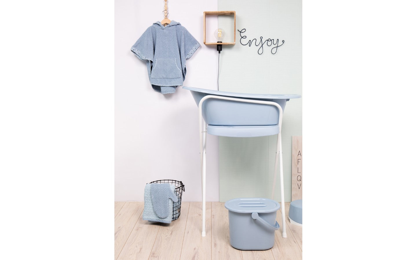 Bath with built-in thermometer BebeJou SET with Bath stand Celestial Blue