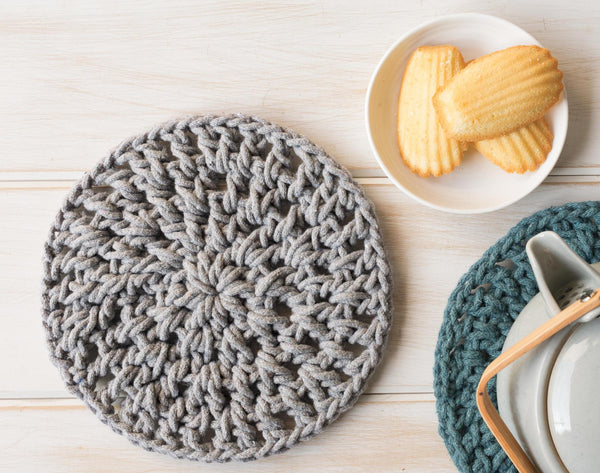 Knitted Trivet - Gray