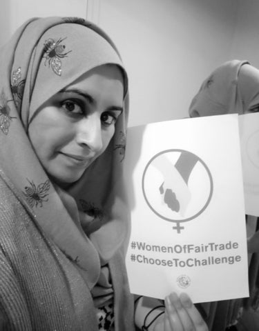 Six Items Challenge 21 with Sabeena Ahmed and Labour Behind The Label, International Women's Day 21 Poster #WomenOfFairTrade #ChooseToChallenge