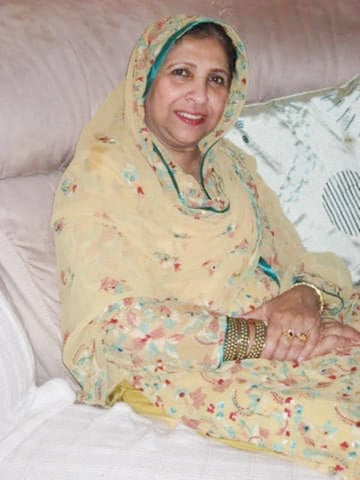 Mrs Meshar Mumtaz Bano - my paradise, fairtrade advocate and cancer patient.