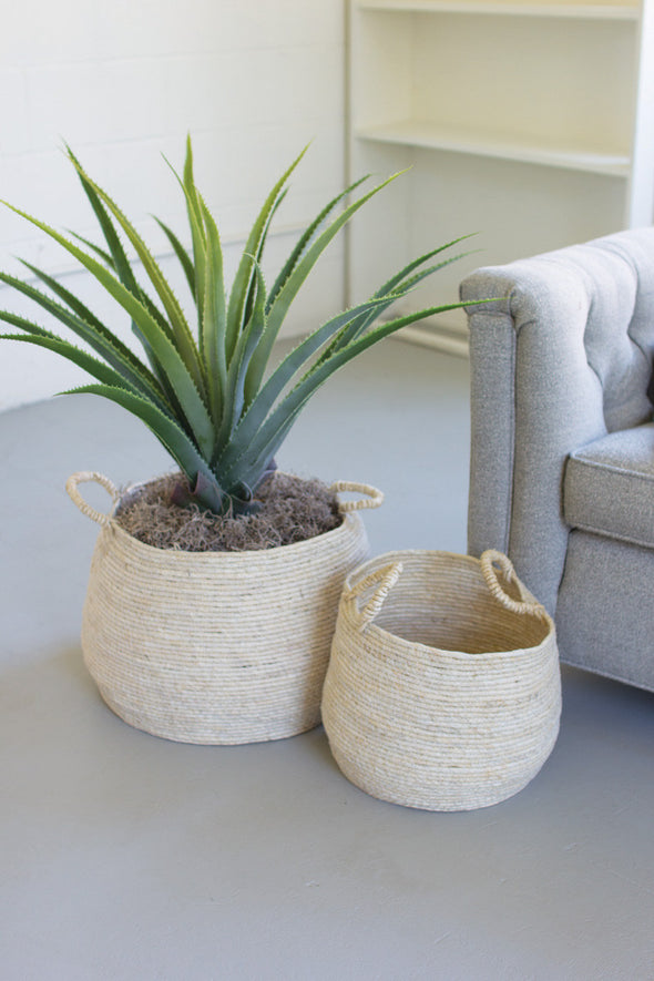 SET OF 2 ROUND SEAGRASS BASKETS WITH HANDLES