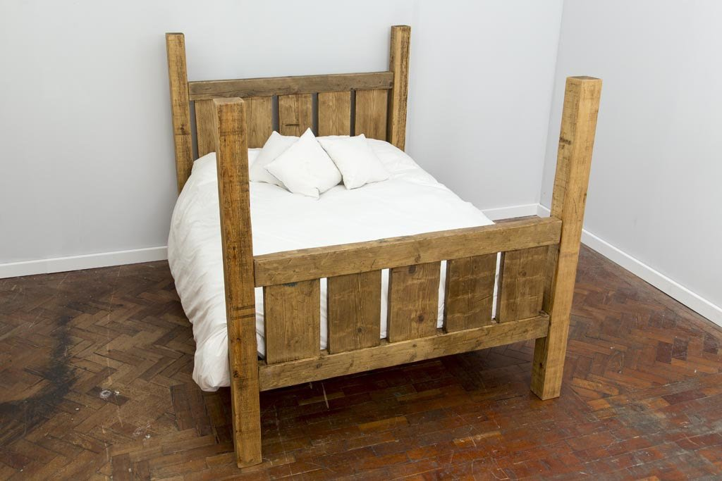 PAGALL - Handmade Reclaimed Wood Gated End Bed