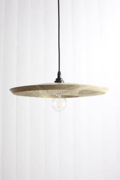 Quake wooden pendant light