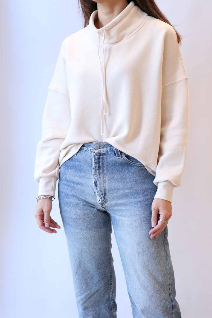 Xirena Chase Sweatshirt in Bliss