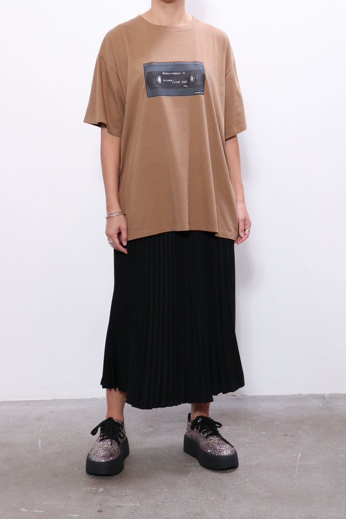 MM6 Maison Margiela Logo T-Shirt in Camel