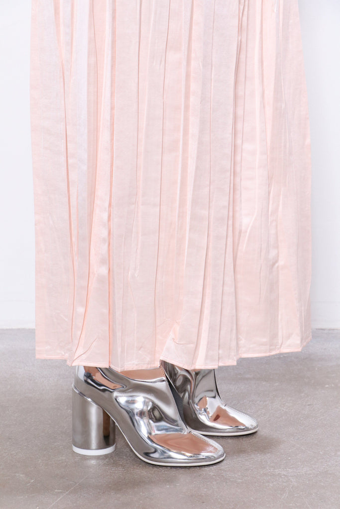 MM6 Maison Margiela Skirt in Blush W/ R13 Top & MM6 Shoes