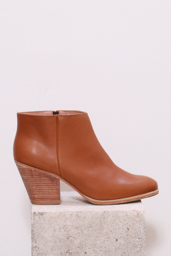 Rachel Comey Mars Boot in Whiskey-Natural - WE ARE ICONIC