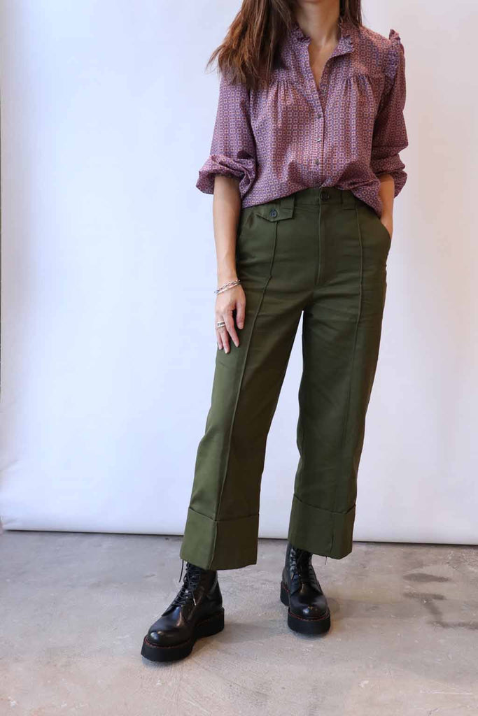 Xirena Ryleigh Shirt in Raw Amber, R13 Boots, Rachel Comey Pants