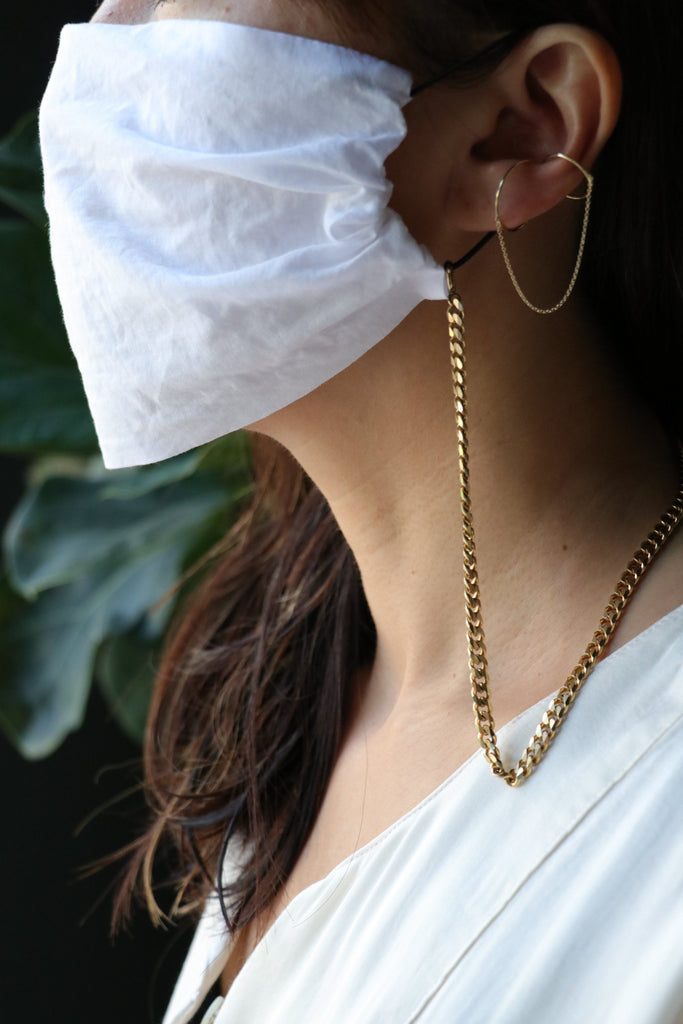 Saskia Diez White Mask with Brass Curb Chain Accessories Saskia Diez