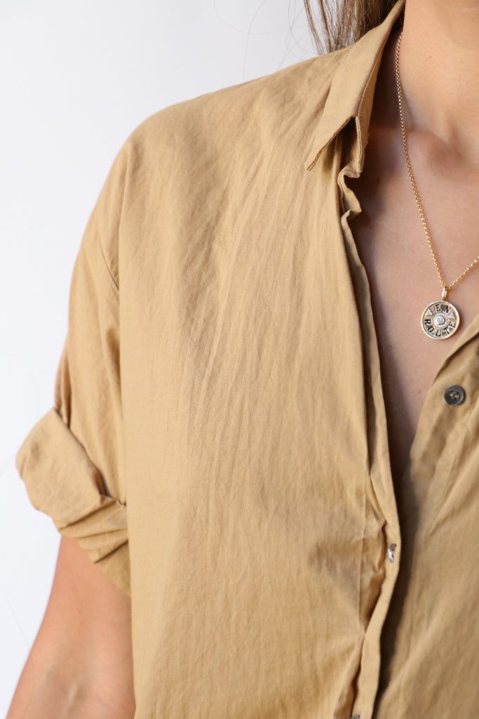 Xirena Channing Shirt in Safari tops-blouses Xirena