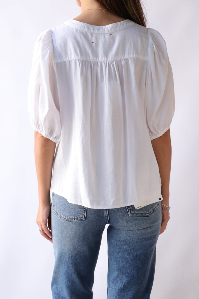Xirena Sydell Top in Washed White tops-blouses Xirena