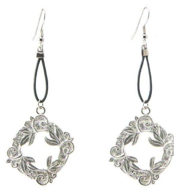 Wreath Earrings Leather DD-124
