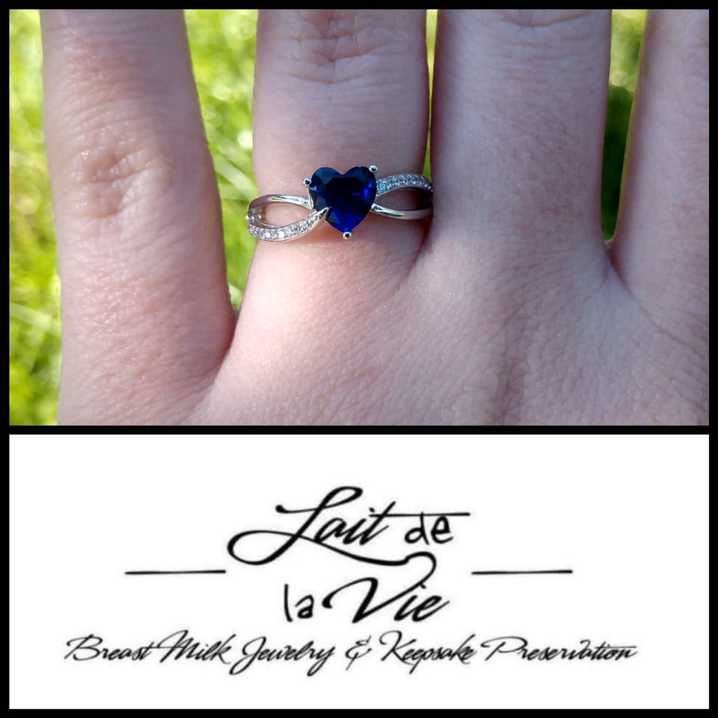 The Quinn Heart Intertwined Band Ring
