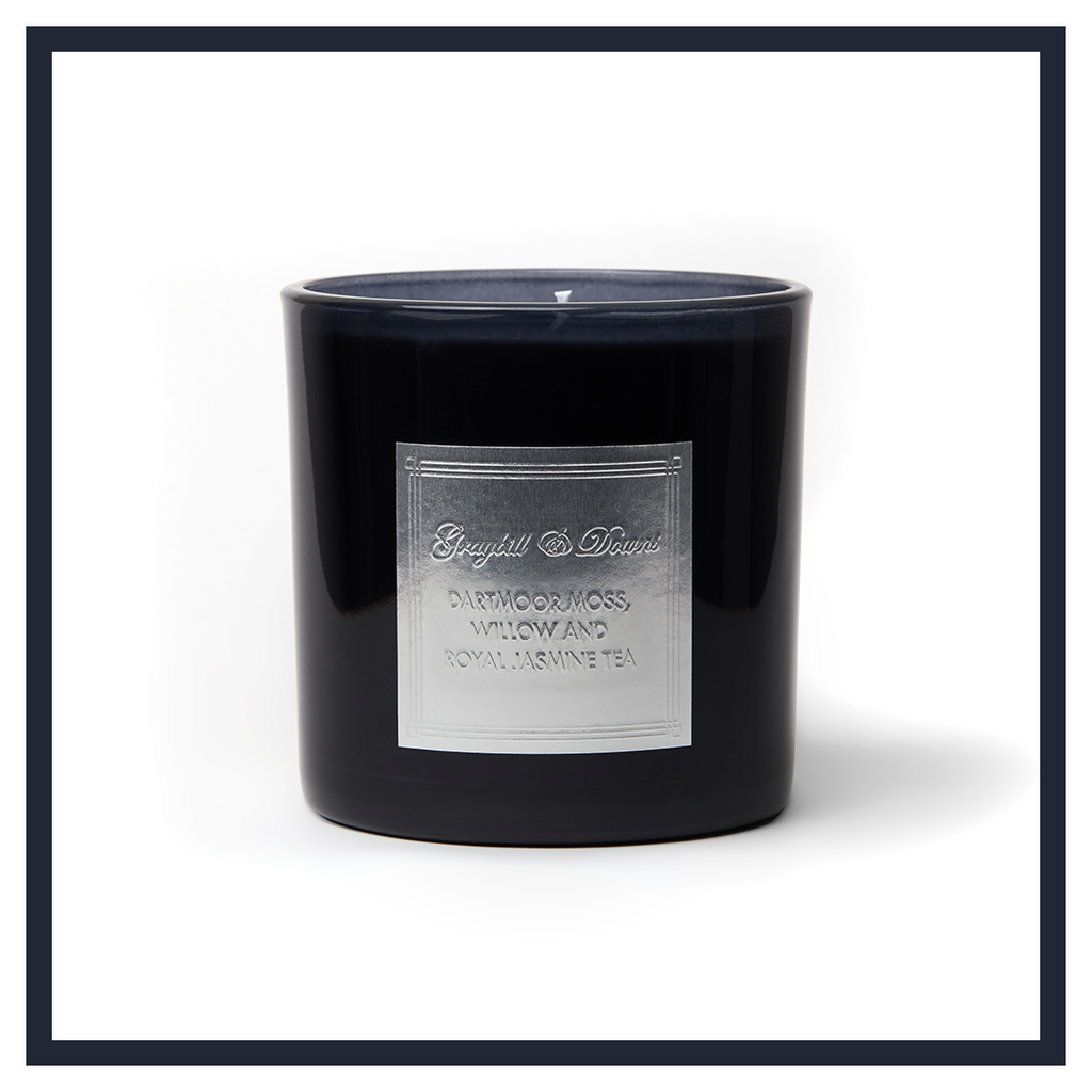 "DARTMOOR MOSS, WILLOW AND ROYAL JASMINE TEA ""1932"" CANDLE"