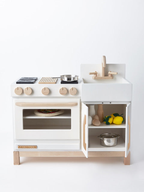 Milton & Goose Essential Play Kitchen