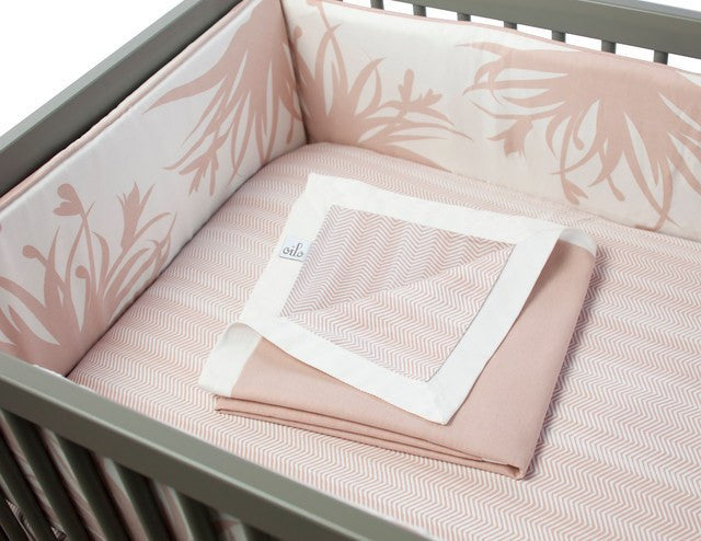 fawn&forest Oilo Crib Bumper - Freesia - fawn&forest