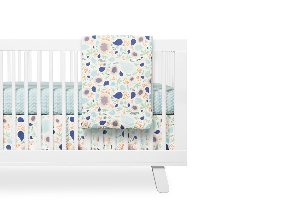 Babyletto Fleeting Flora 2-in-1 Play & Toddler Blanket
