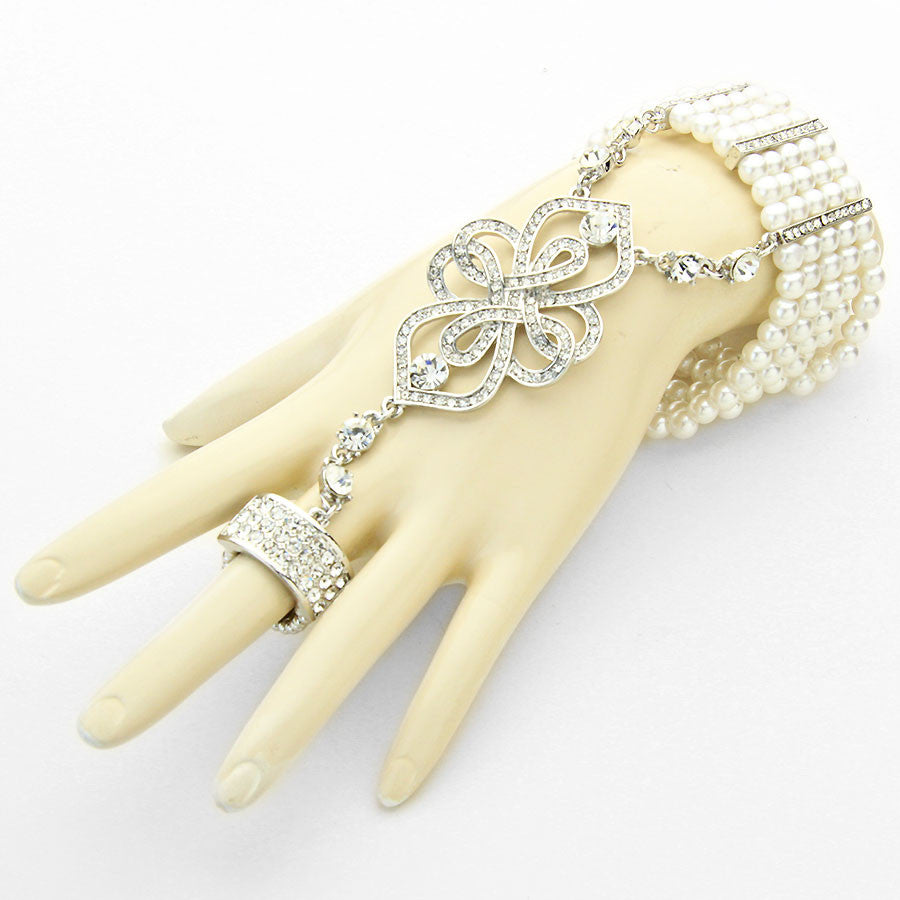 CRYSTAL RING PEARL HAND CHAIN
