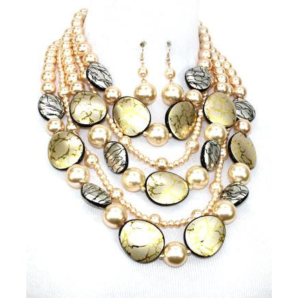 Wanderlust Chunky Pearl Necklace Set