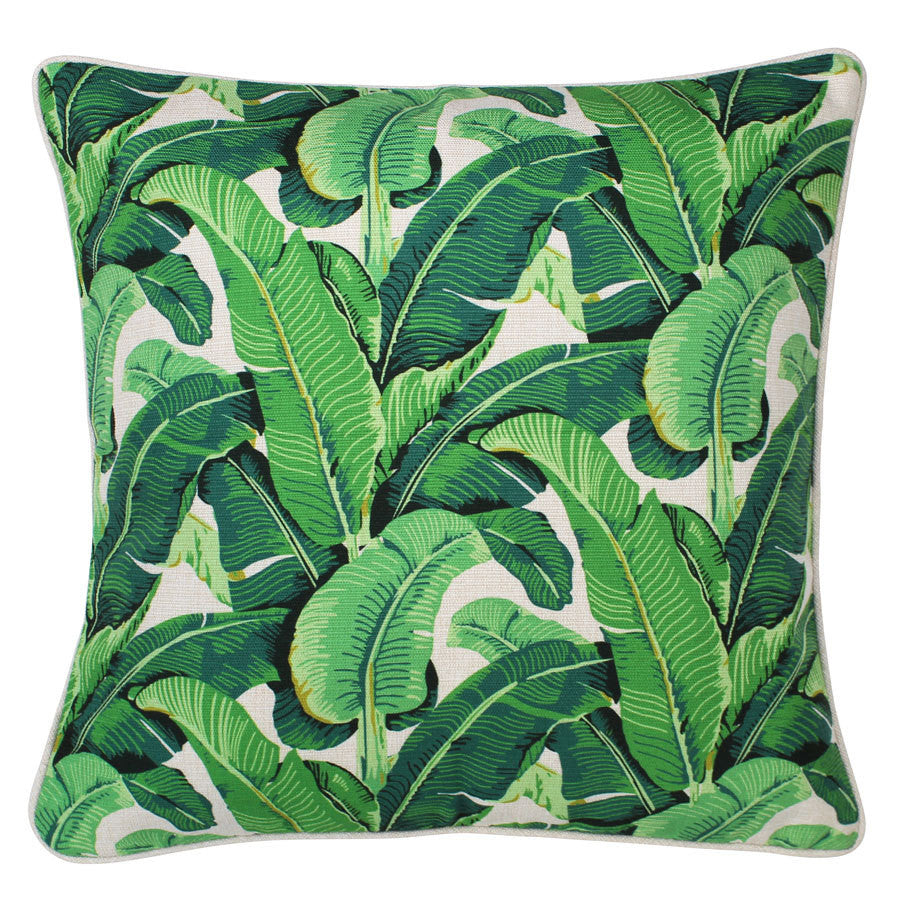 The Banana Leaf Natural boasts a tropical leaf design, creating a tropical feel in any atmosphere This cushion is suitable for indoors or outdoors due to it's water resistant fabric.