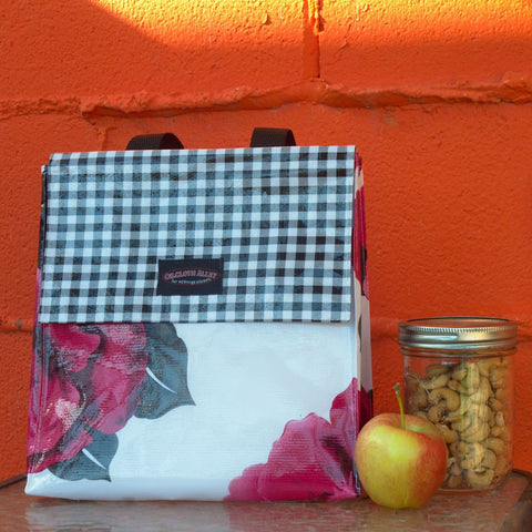 Oilcloth Insulated Lunch Bag - Magenta Blossom