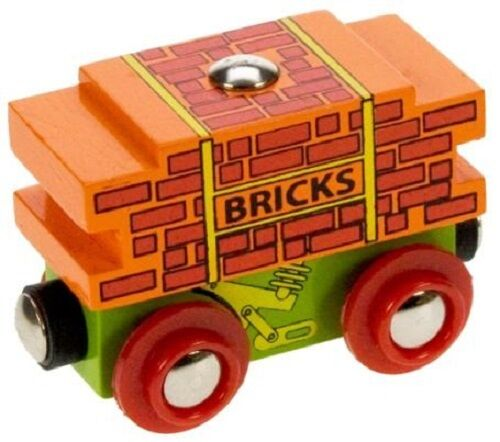 wooden train,Bigjigs,Bricks wagon,fits Brio
