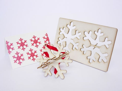 Snowflake pop out Christmas card - L'Atelier Natalia Willmott